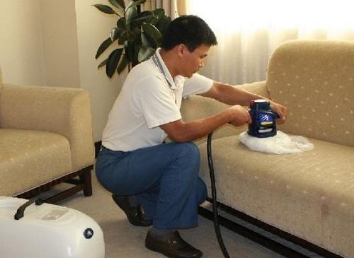 布艺沙发清洁作业流程